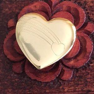 Jewelry - ‼️VINTAGE '96 Heart Brooch